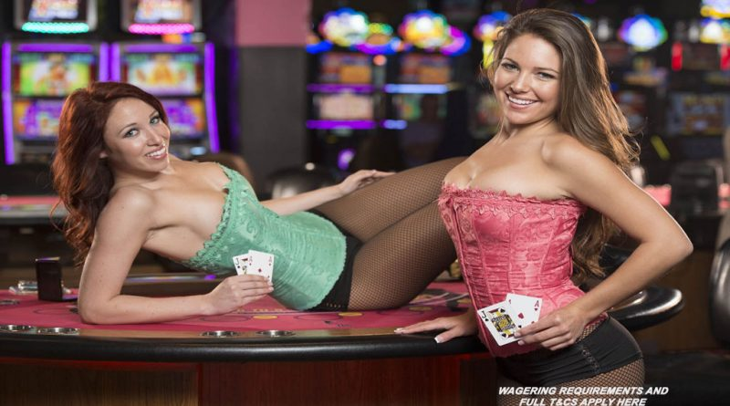 zig-zag-girls-holding-cards-at-seminole-casino-immakolee